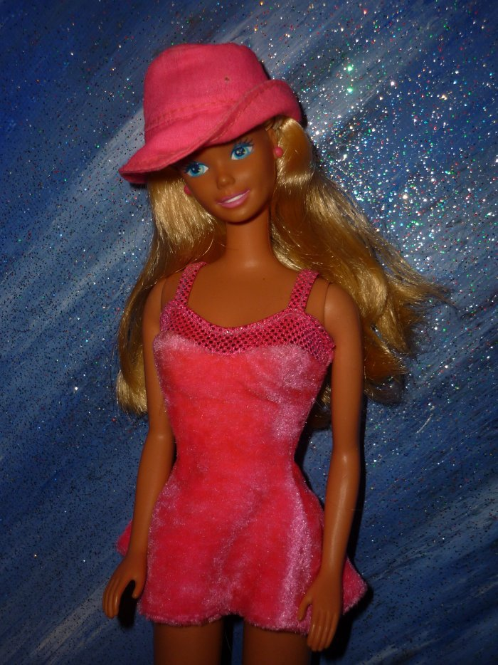 1995 barbie sweetheart 2 euros chacune