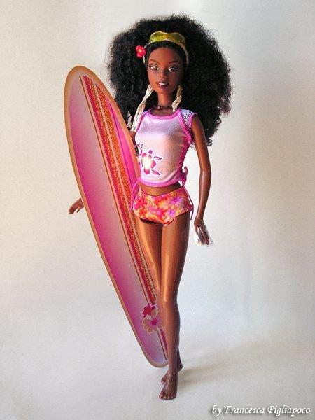 2001 Barbie california girl je possède Barbie complète , 2 Teresa , Christie complète , votre prix ?