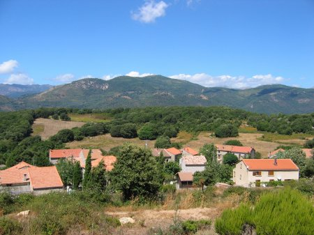 2011, au coeur des montagnes de Corse du Sud. C'est grandiose !