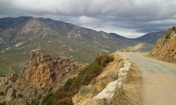 2015, le 25 septembre. Les roches flamboyantes du col de Siu.