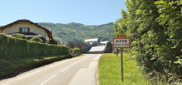 2019, le 13 juin. La côte d'Aiton aux portes de la Maurienne.