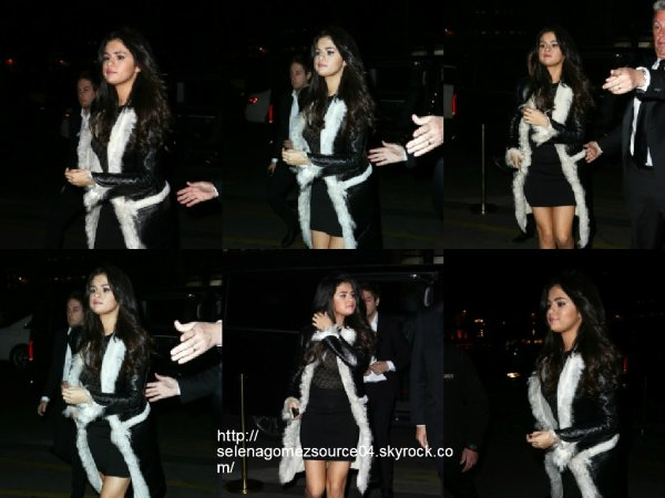 11 mars 2015 : Selena a été vue alors qu'elle arrivait au CR Fashion Book dinner party à Paris