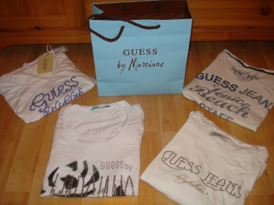 3ème article : Tee-shirts Guess.