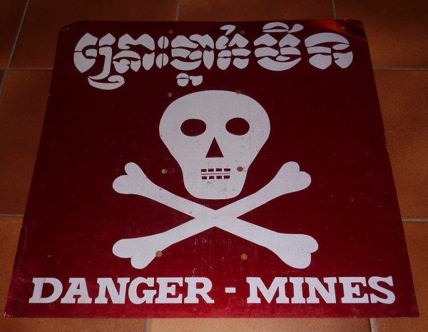 panneau mines cambodgien