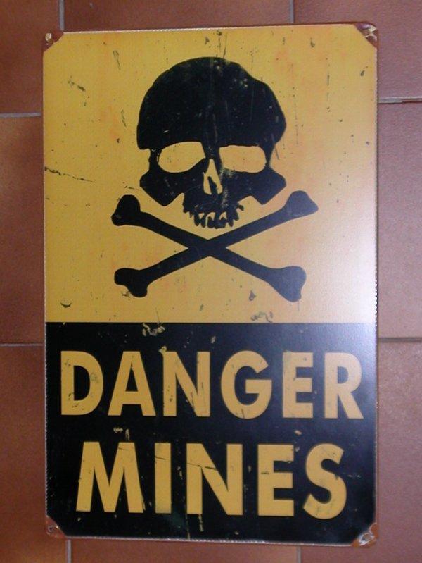 ré édition de panneau mines