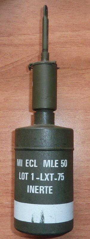 Allumeur Français  Modèle à bascule  Al  Modèle 1952