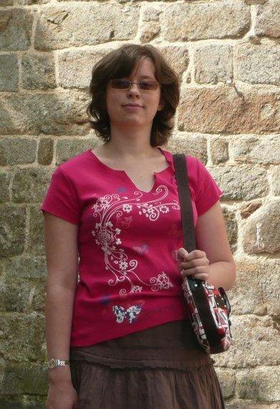 JOYEUX ANNIVERSAIRE À Clara, une des gérantes du blog