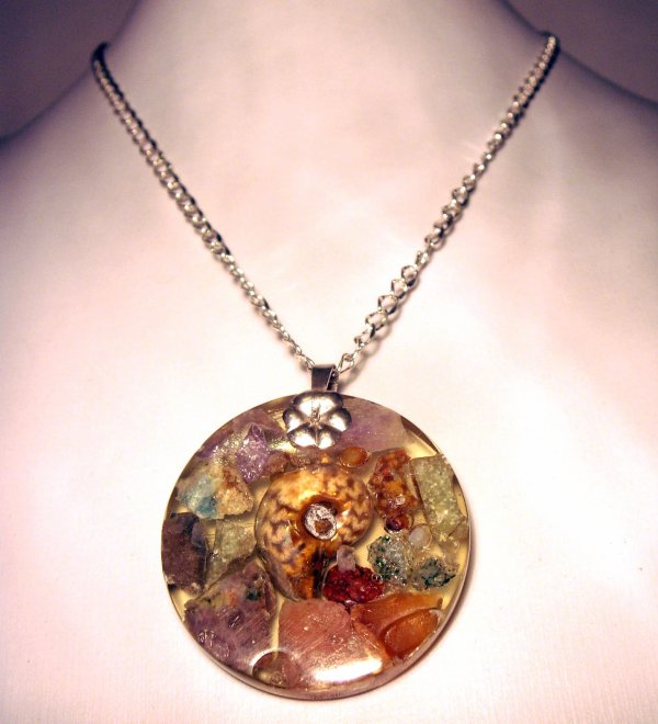 COLLIER PIERRES ET AMMONITE