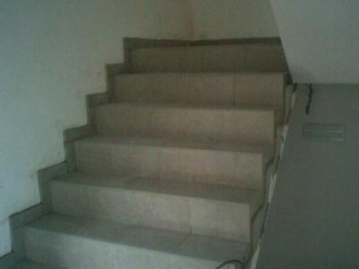 Escalier en carrelage travaux de carrelage - Pose carrelage escalier ...