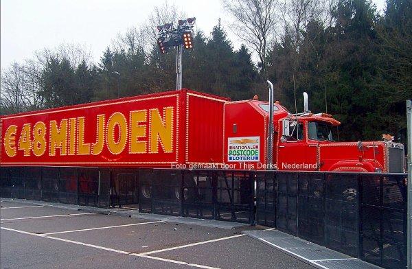 Mack Superliner Postcodeloterij, Nuenen, Nederland