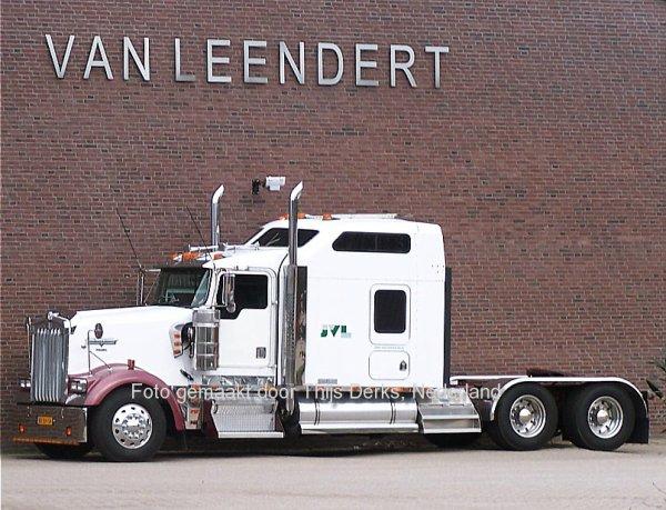 Kenworth W900 Van Leendert, Broekhuizenvorst, Nederland