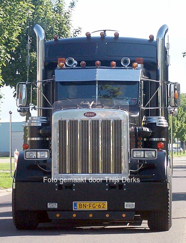 Peterbilt 359 Van der Prijt, Zwaanshoek, The Netherlands