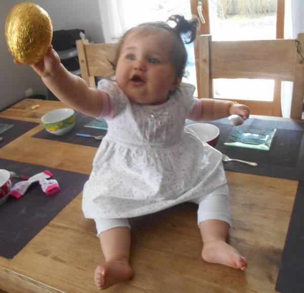 1 ere fête de pâques pour Nohann (l)