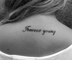 """""""L'adolescence est une phase du développement humain physique et mental qui survient généralemenent entre la puberté et l'age adulte légal"""" wikipédia"""