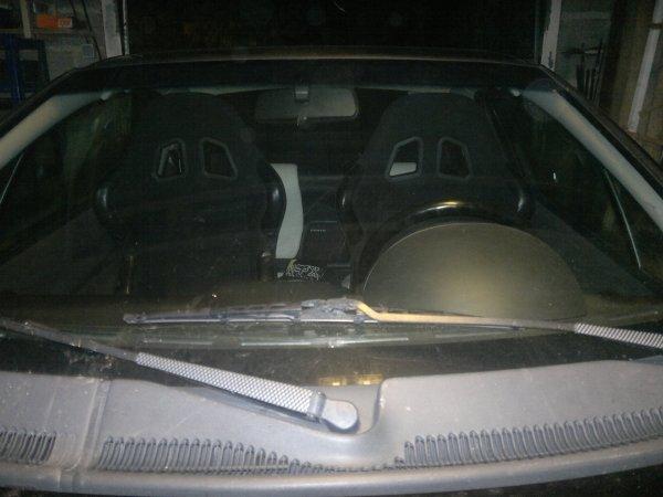 Site de démontage des sièges avant Opel tigra et explication installation siège baquées