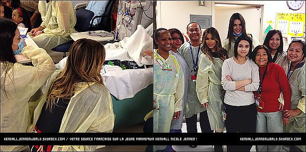 .                                                                                                                 24/12/2013 : Kendall et Kim se sont rendues dans un hôpital d'enfants malade à Los Angeles, Californie.                                .