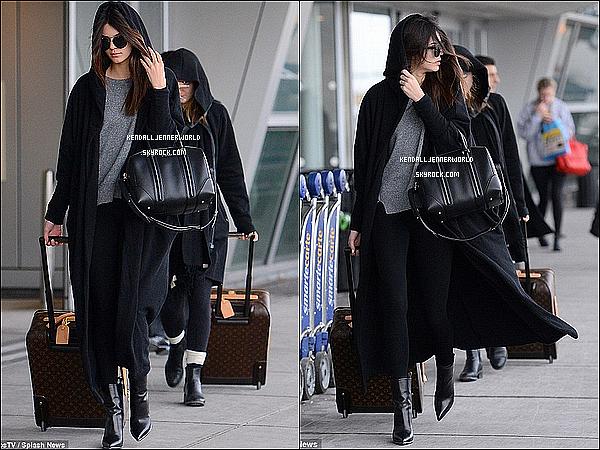 .                                                                                                                 27/01/2014 : Kendall , Kylie, Liz et Stassie arrivant à LAX à Los Angeles pour se rendre à New-York.                           .