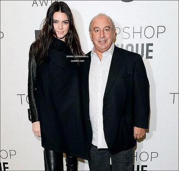 .                                                                                                                 16/02/2014 : Kendall  a été vue alors qu'elle se rendait au défilé TopShop pour la Fashion Week de Londres.                          .