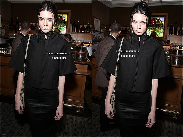 .                                                                                                                 28/02/2014 : Kendall au dîné organisé en l'honneur de la Fashion Week de Paris au restaurant Caviar Kaspia.                       .