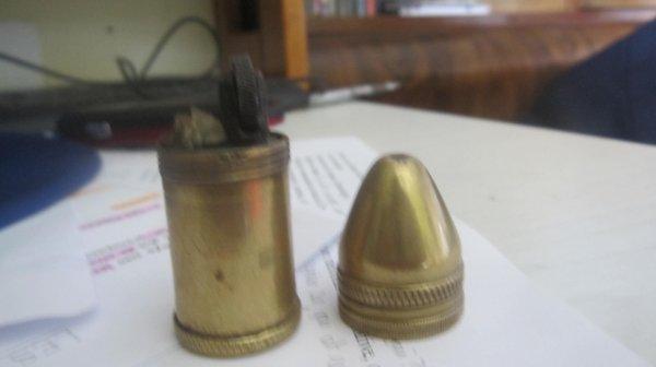 briquer en forme de balle du début 1900