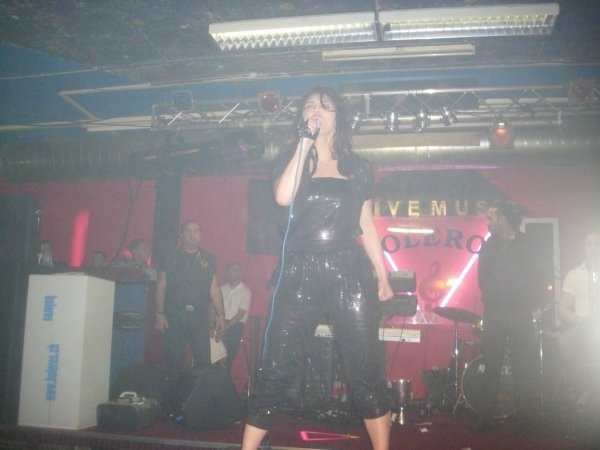 Genta Ismajli - Koncert ne Zurich, Boleros - 23.04.11