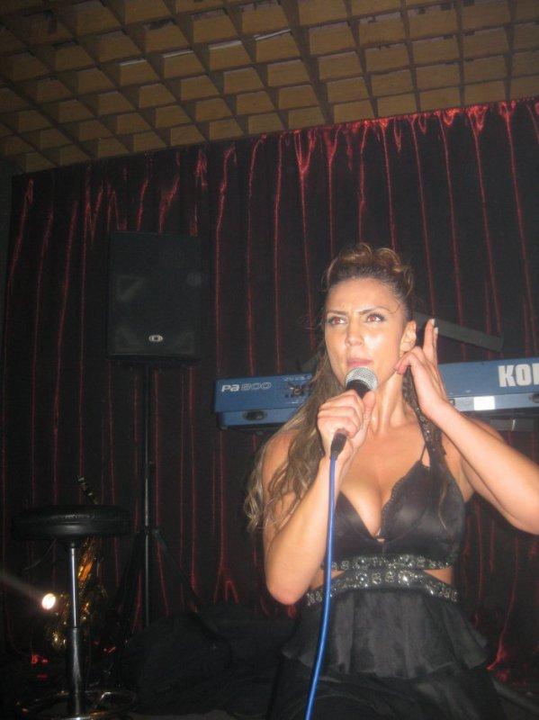 Genta Ismajli - Disco Brera, Mitrovice - 02.08.11
