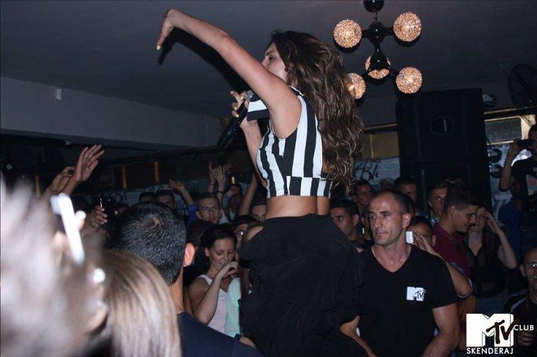 Genta Ismajli - 26.07.2013 - MTV Skenderaj