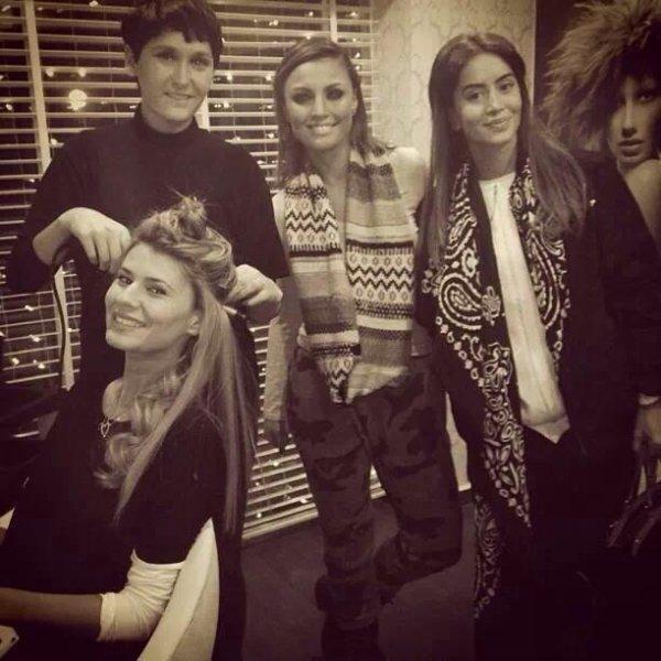 Genta Ismajli, Kaltrina Selimi & Dafina Zeqiri