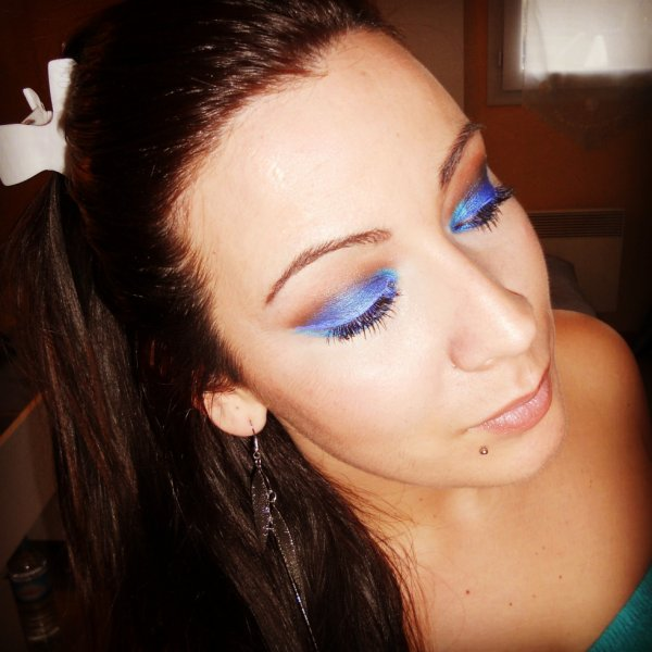 make up bleu nuit