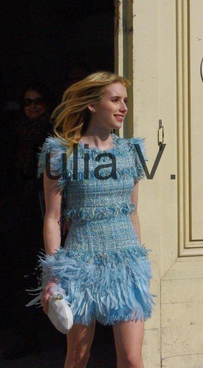 Emma Roberts - Fashon week - Février 2011 - Paris