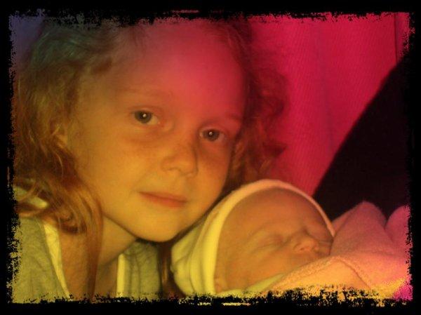 Ma petite soeur & ma fieule (l) ! Les deux amours de ma vie (l)