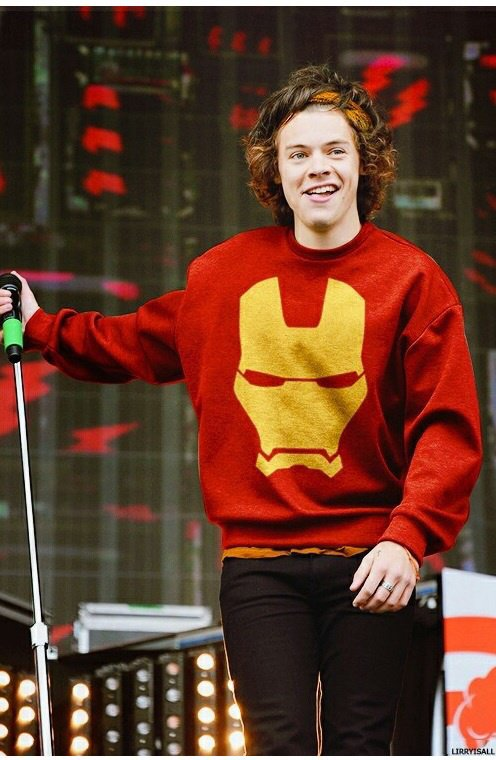 Harry <3 je kiff son pull *_*