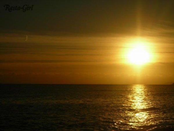 Coucher de soleil bord de mer