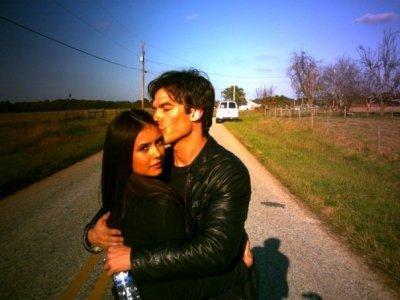 The Vampire Diaries : Ian Somerhalder amoureux de Nina Dobrev ? (photos)