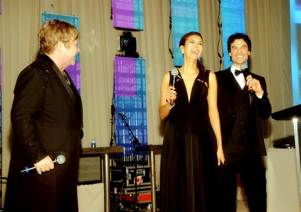 Ian Somerhalder et Nina Dobrev main dans la main aux Oscars !