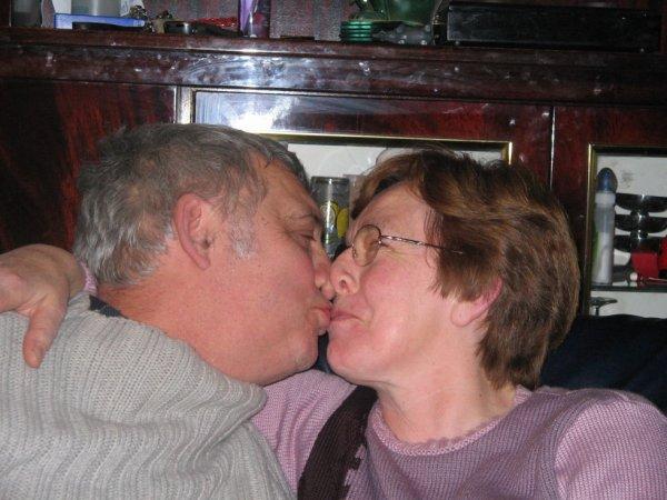 mais parent 45 ans de mariage sa se fete hein
