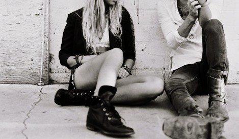 Vous me dégoutez tous avec votre bonheur, avec votre vie qu'il faut aimer coûte que coûte.