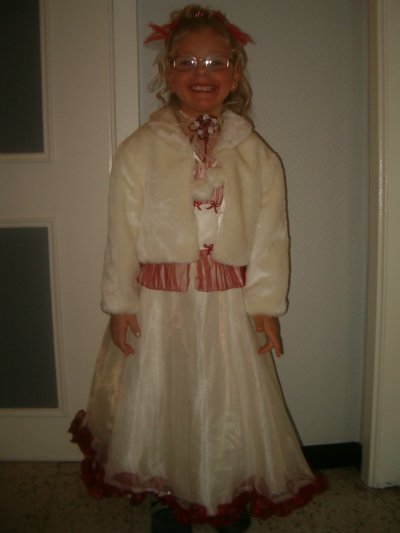 meline en jolie petite princesse