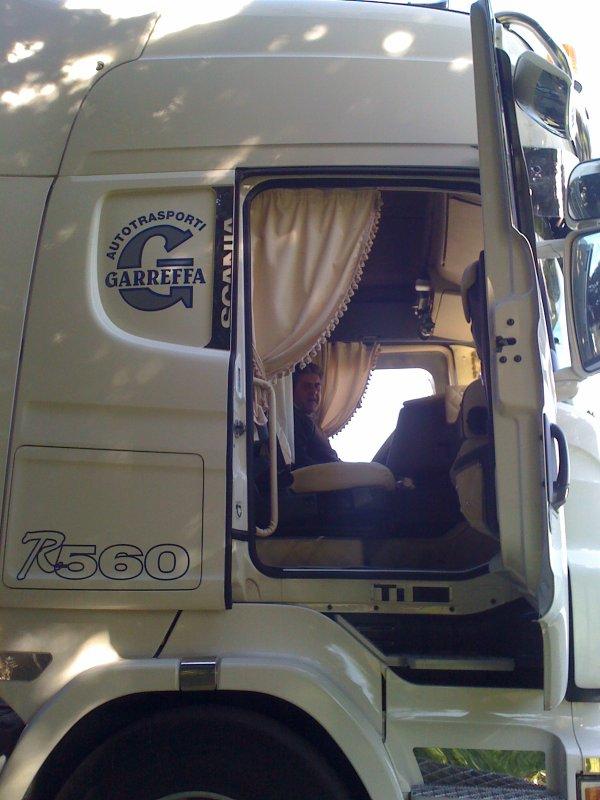 Scania topline interieur camions decores et tuning for Interieur tuning shop