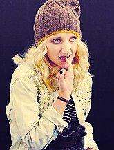 Evanna.. Blonde ou Brune ?  ♥!