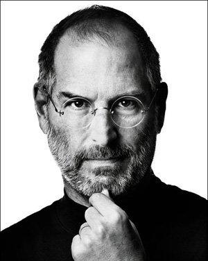 Votre temps est limité, alors ne le gaspillez pas à vivre la vie de quelqu'un d'autre. Ne laissez pas le bruit des opinions des autres avoir le dessus sur votre voix intérieure. Et, le plus important, ayez le courage de suivre votre coeur et votre intuition. Tout le reste est secondaire.» -Steve Jobs.