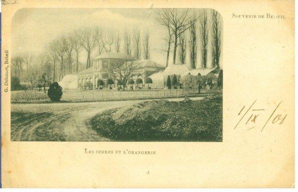 Les serres et l'orangerie du château en 1901