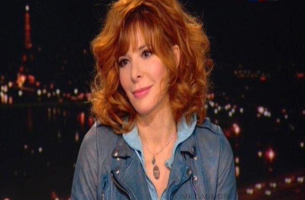 Mylène Farmer invitée exceptionelle au JT de TF1 par Claire Chazal ♥