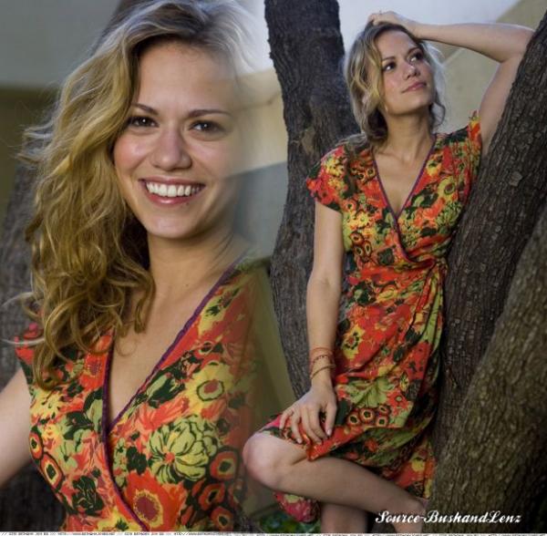 Bethany Joy Lenz ♥♥