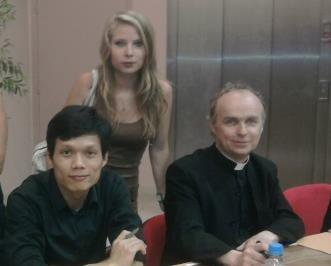 Les pretres et moiiiii