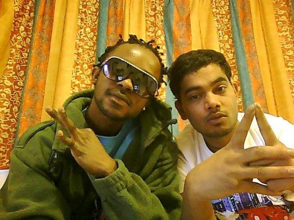 hey Mex2o et Harjit les gangsta de 44 tro stylé .