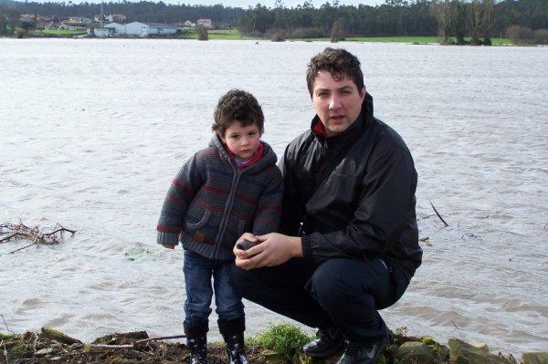 RIO AVE- Eu e o meu filhote Raúl.
