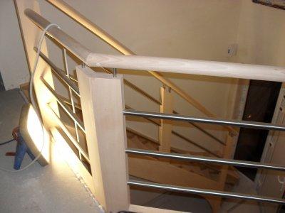 Les portes et l'escalier