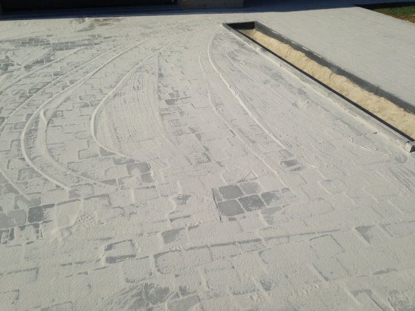 Klinkers et dalle de beton terminés 😊