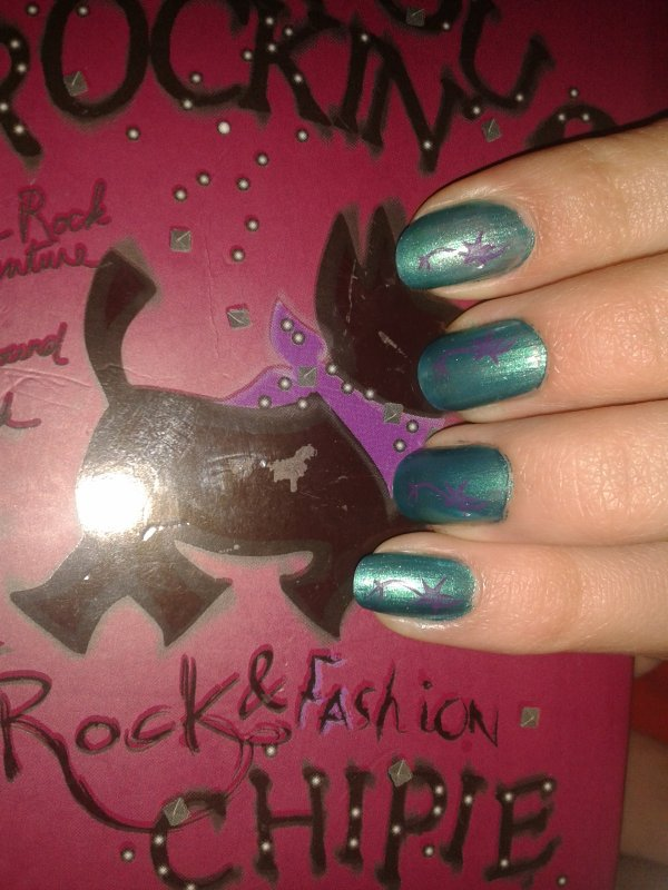 Nail Art 2 : Stamping Bleu et violet